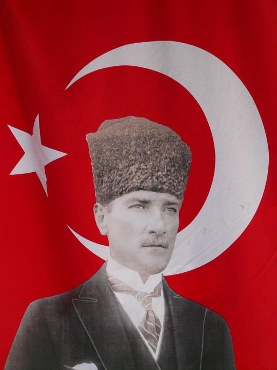 День памяти Ататюрка (Турция) 015