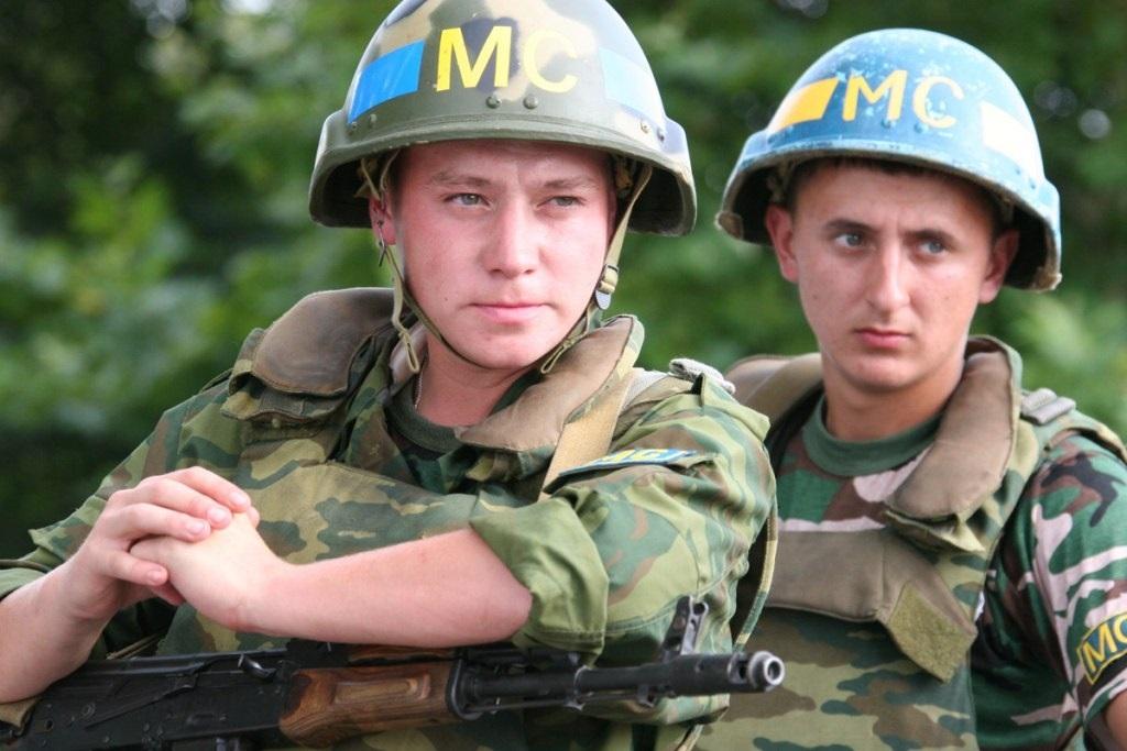 День российского военного миротворца 004
