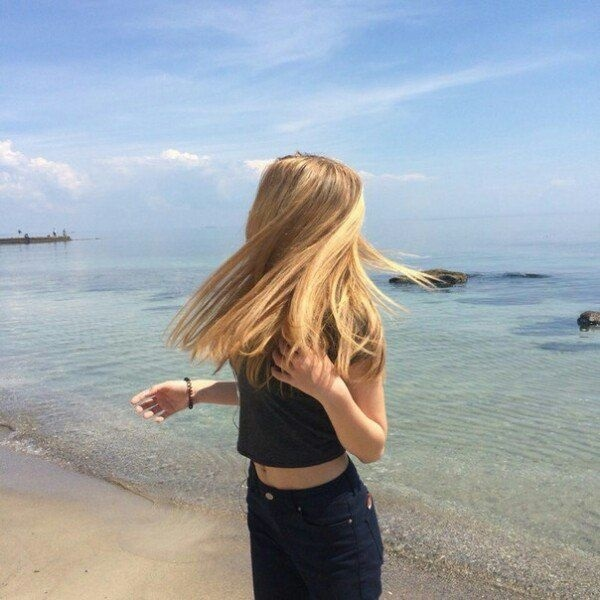 Картинки девушек на аватарку без лица со светлыми волосами001