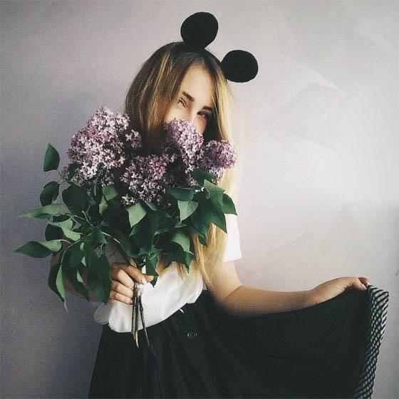 Картинки девушек с цветами блондинки без лица на аватарку007