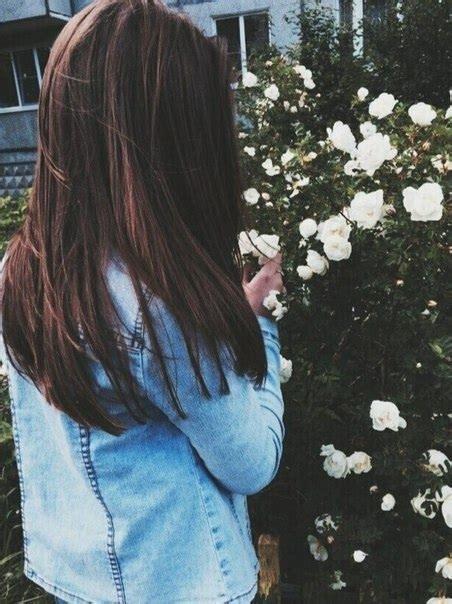 Картинки девушек с черными волосами без лица на аватарку011