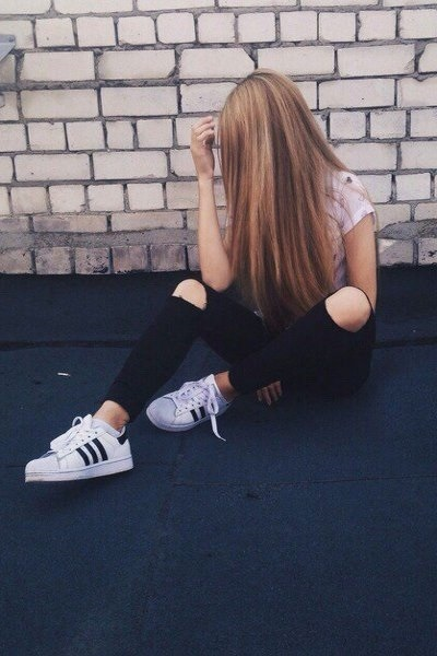 Картинки на аватарку девушка с русыми волосами без лица001
