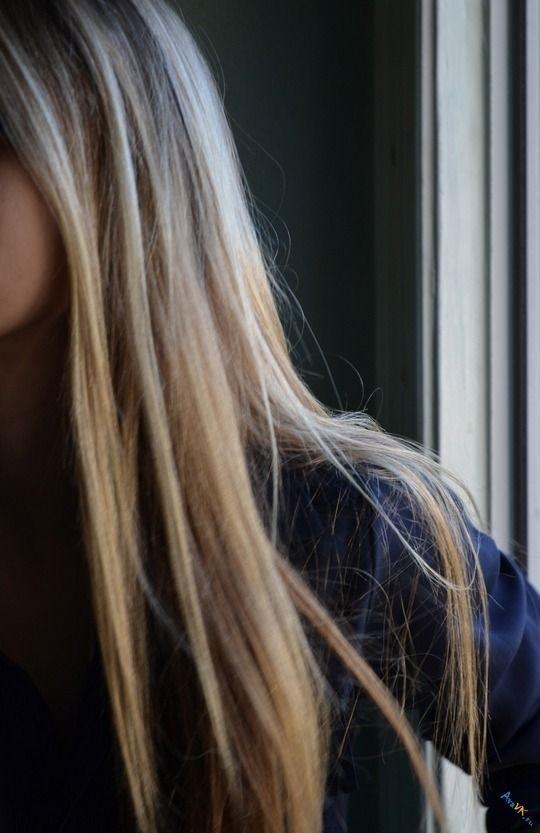 Картинки на аватарку девушка с русыми волосами без лица009