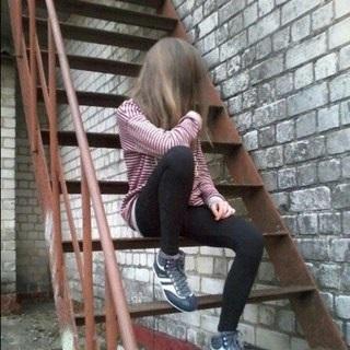 Лучшие фото девушек без лица с русыми волосами на аватарку012