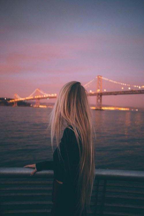 Лучшие фото на аватарку для девушек без лица летом блондинка002