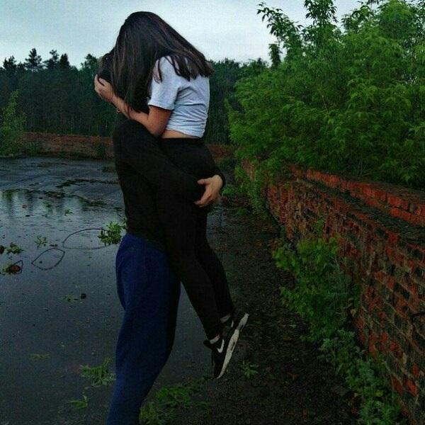 Лучшие фото парень с девушкой обнимаются без лица на аватарку020