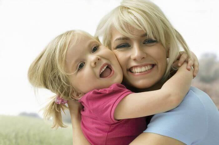 Милые картинки Мать и взрослая дочь 007