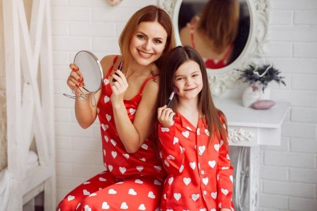 Милые картинки Мать и взрослая дочь 017