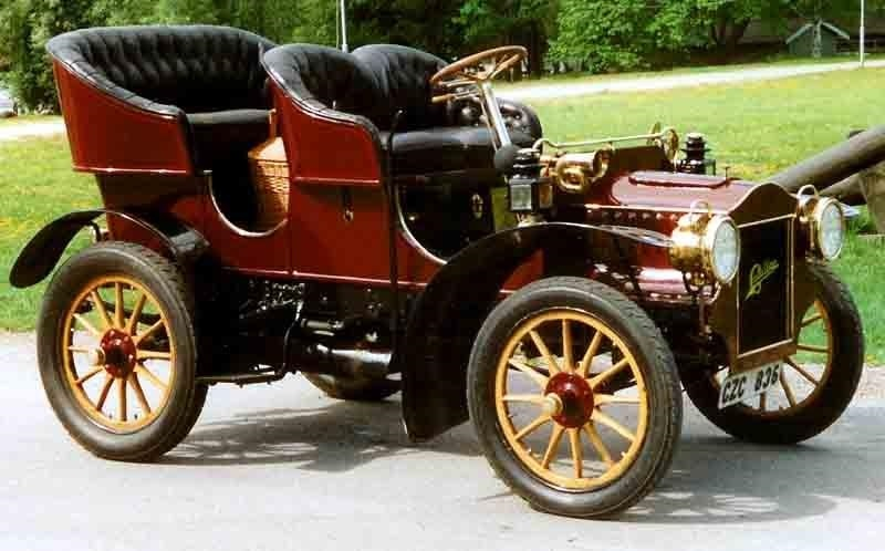 Основан  Кадиллак  (1902) 010