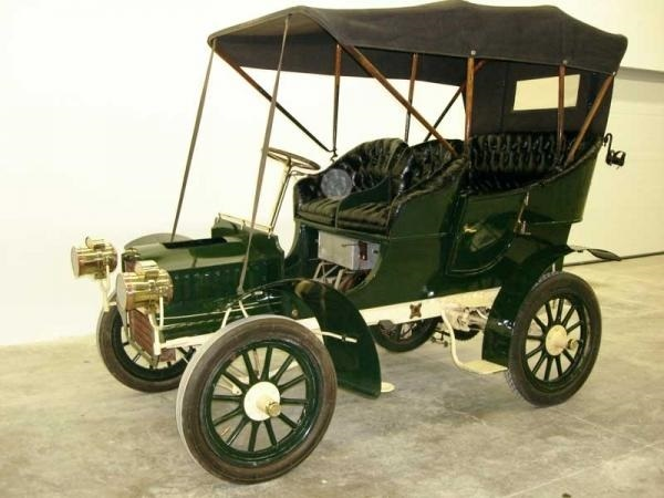 Основан  Кадиллак  (1902) 017