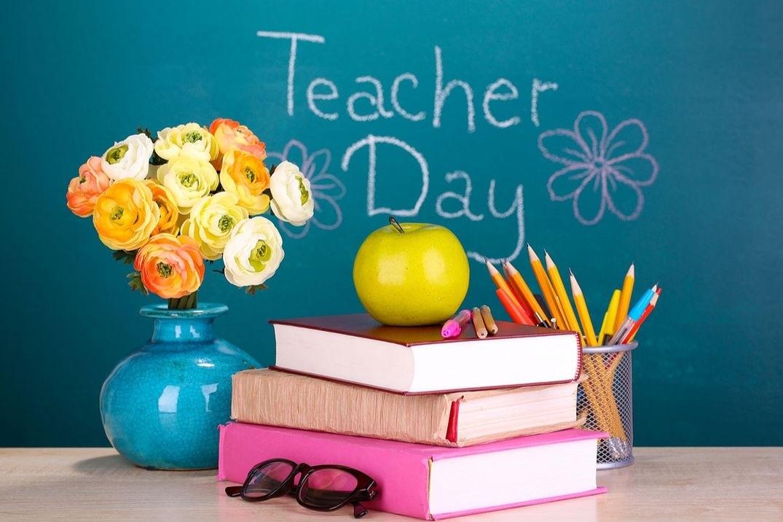 Открытка на день учителя по английскому 016