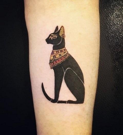 Рисунок египетской кошки 012