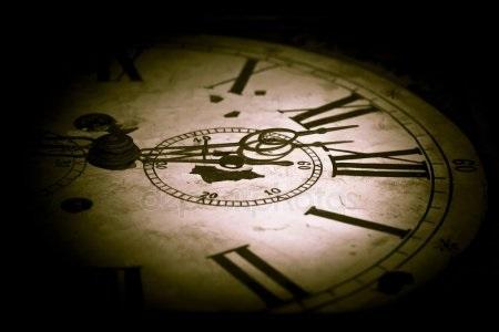 Рисунок часов с римскими цифрами 003