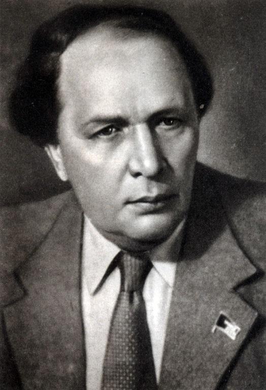 Родился писатель Алексей Толстой 007
