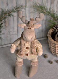 Рождественский олень выкройка 016