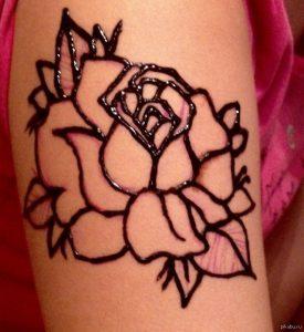 Роза рисунок хной 023