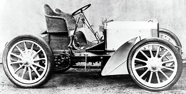 Создан первый автомобиль  Мерседес  (1901) 008