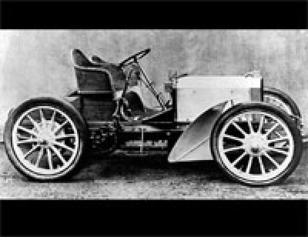 Создан первый автомобиль  Мерседес  (1901) 016