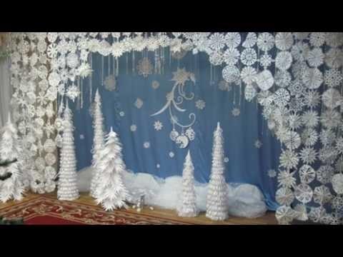 Украшение музыкального зала к новому году в детском саду 022
