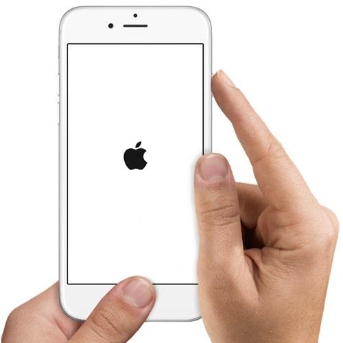 Фото айфона на белом фоне001