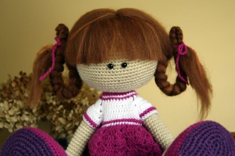 вязанная кукла большеножка 012