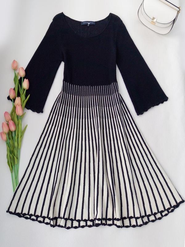 вязаное платье с юбкой плиссе 012