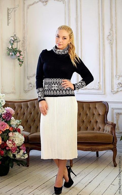 вязаное платье с юбкой плиссе 014