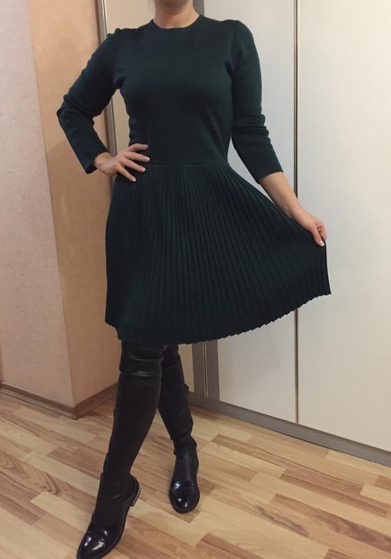 вязаное платье с юбкой плиссе 020