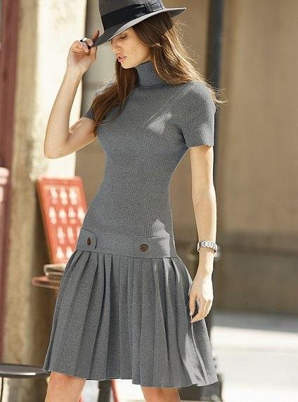 вязаное платье с юбкой плиссе 021