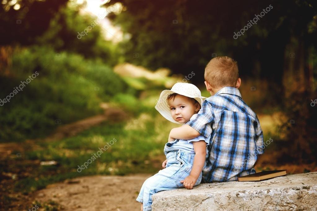 дети картинки брат и сестра 005