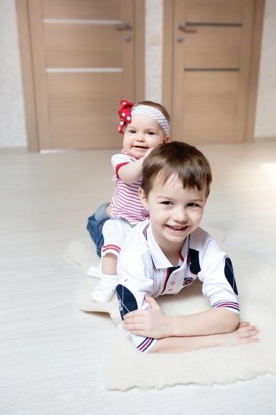 дети картинки брат и сестра 016