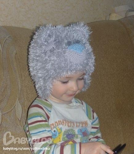детская шапочка спицами из травки 017