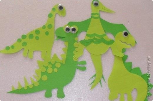 динозавр своими руками из картона 013