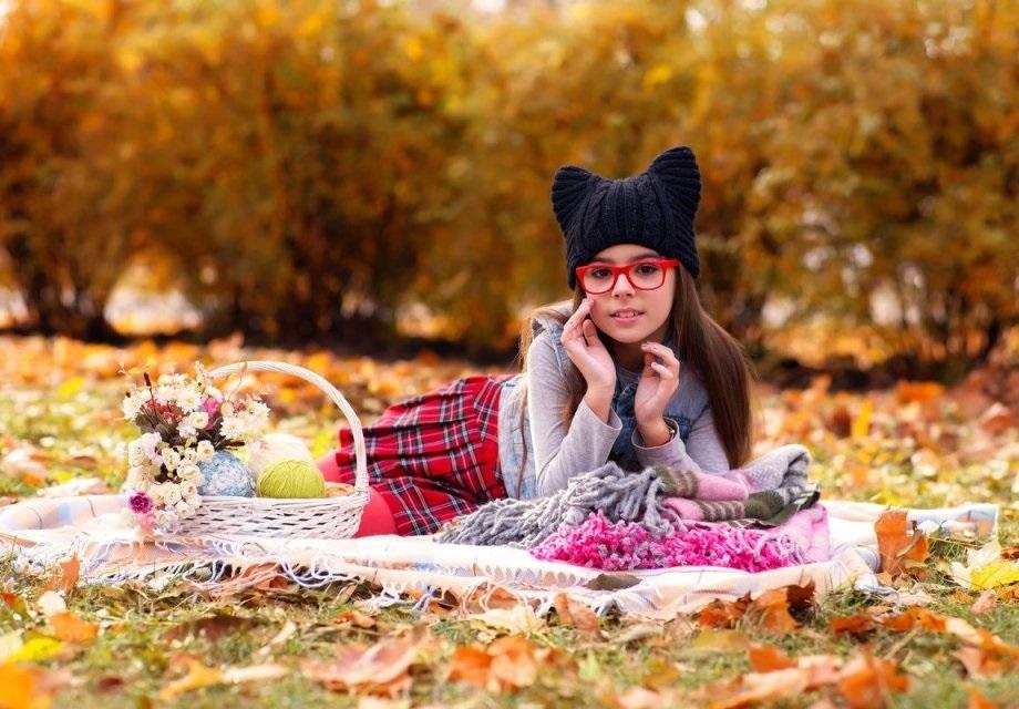 идеи фотосессии осенью в поле 005