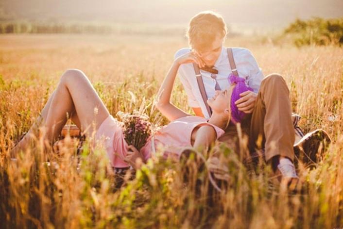 идеи фотосессии осенью в поле 018
