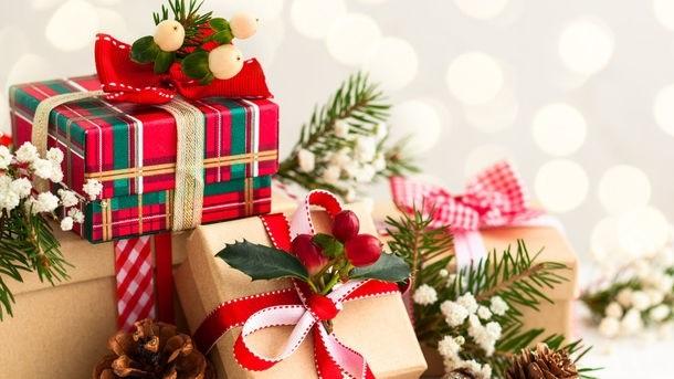 картинки на новый год подарков 001