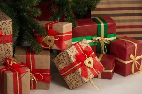 картинки на новый год подарков 004