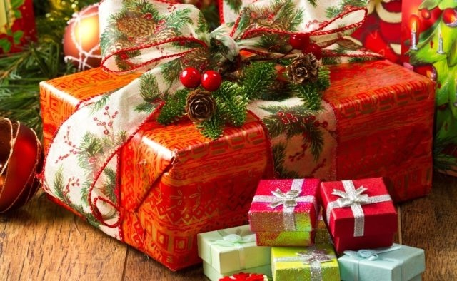 картинки на новый год подарков 013