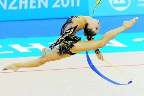 купальники для художественной гимнастики без юбки 019