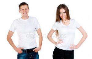 милая девушка в рубашке парня 024