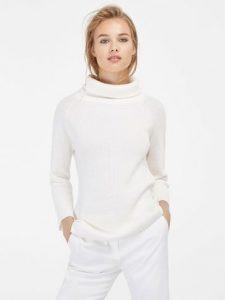 свитер жемчужной вязкой 021