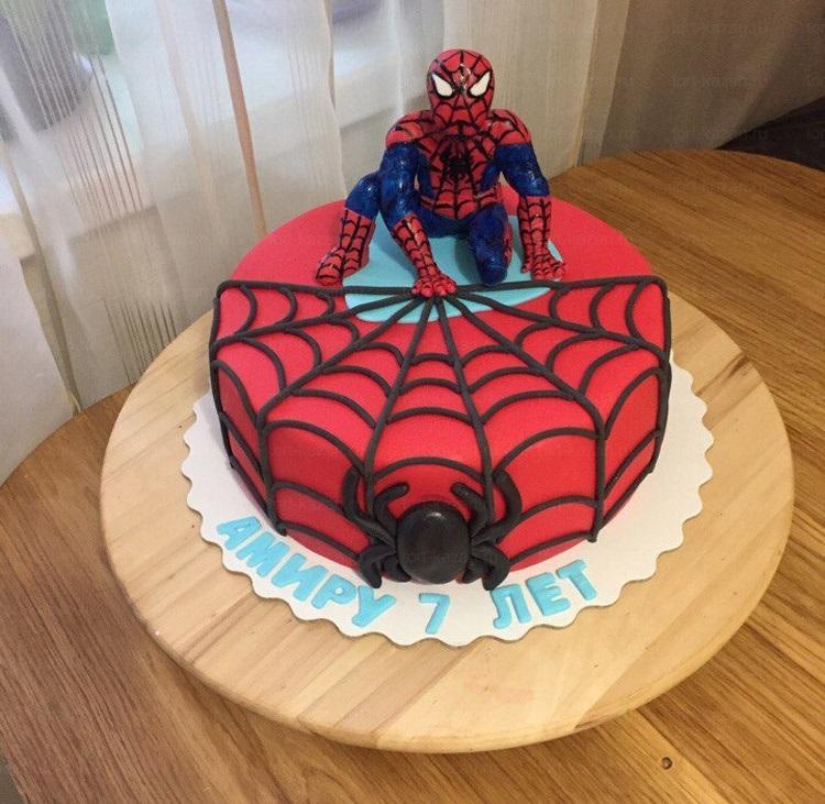 торт на тему человек паук 002