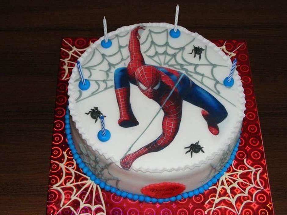 торт на тему человек паук 008