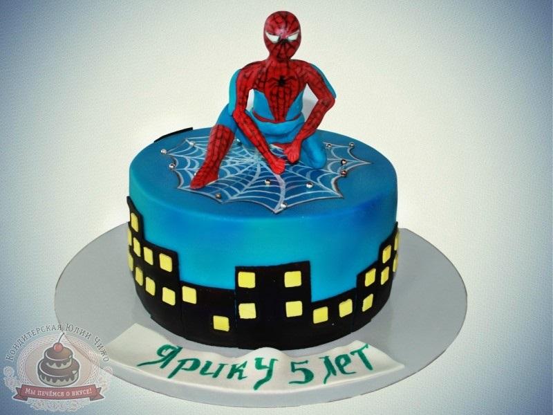 торт на тему человек паук 010