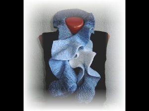 шарф с рюшами спицами 020