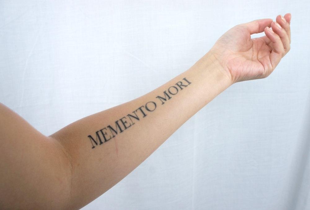 эскиз тату memento mori 006
