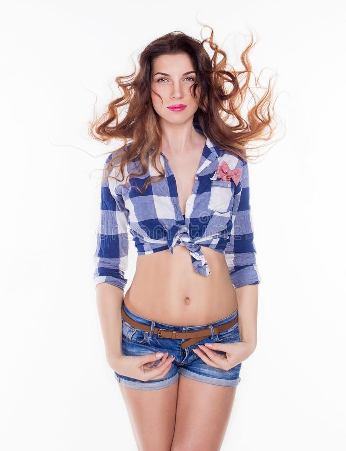 Красивая девушка в рубашке 001