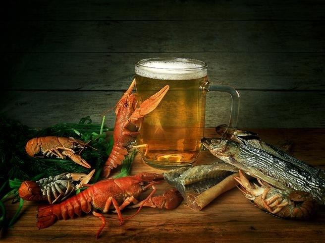 Натюрморт с пивом и рыбой 002