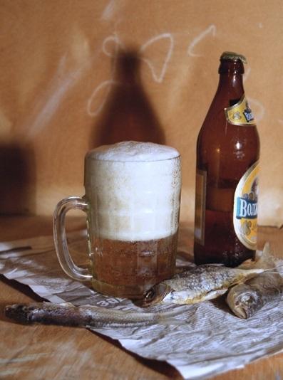 Натюрморт с пивом и рыбой 006