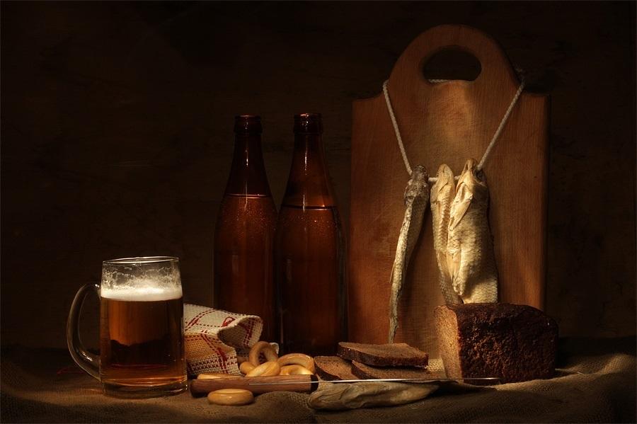 Натюрморт с пивом и рыбой 020